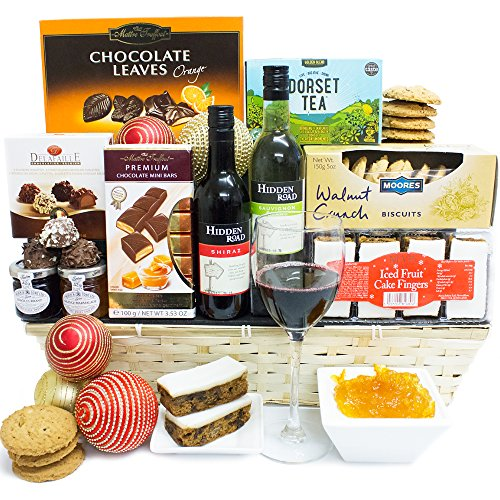 Holidays christmas hamper traditional luxury gourmet for How to make christmas food baskets