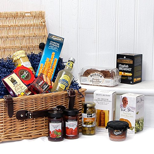 The gourmet greetings luxury wicker gift hamper basket for Luxury gift ideas for him